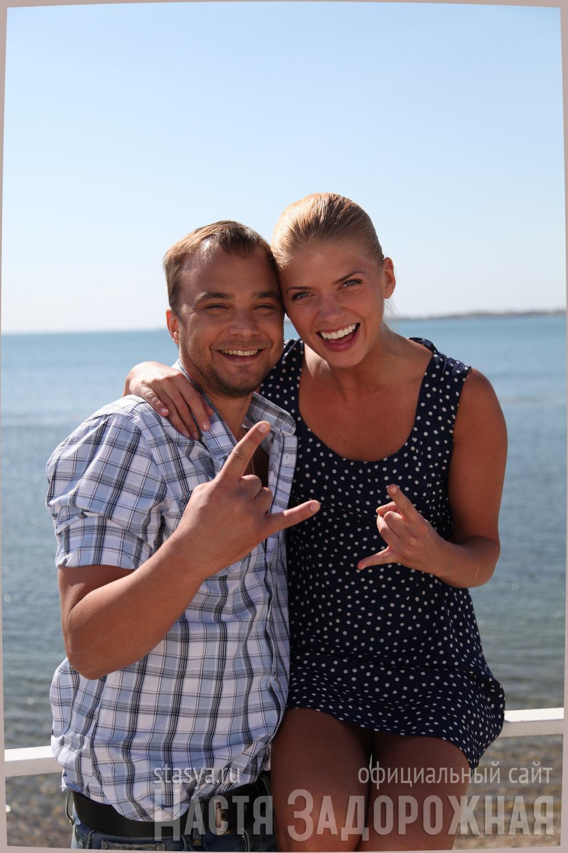 Алексей чадов с девушкой фото